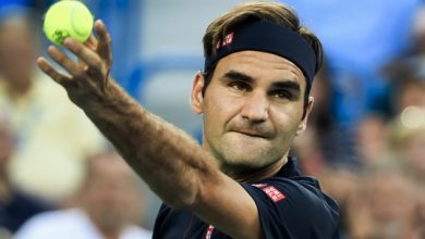 Photo of Tennis star Federer donates 1 million Swiss francs to families