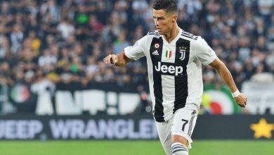 Photo of Ronaldo's late penalty keeps Juventus top