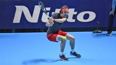Photo of Zverev beats Djokovic in 2 sets to win ATP Finals title