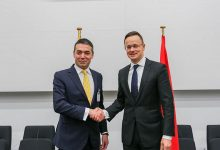 Photo of Hungarian FM Szijjártó visits Skopje, to hand over aid in coronavirus fight