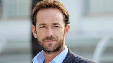 Photo of Luke Perry of Beverly Hills, 90210 and Riverdale dies at 52
