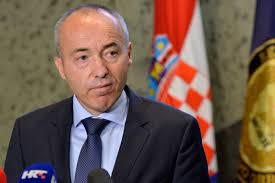 Photo of Croatian defence minister resigns