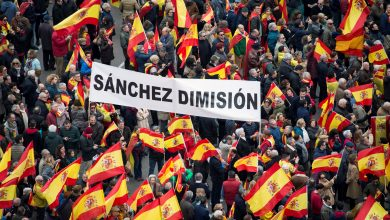 Photo of Tens of thousands in Madrid call for new elections