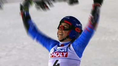 Photo of Vlhova captures gold while Shiffrin left with bronze in giant slalom