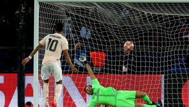 Photo of Manchester United stun PSG with late Champions League comeback