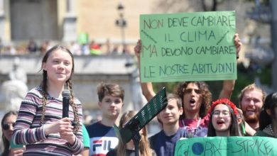 Photo of 'Climate strike' named Collins dictionary's word of the year for 2019