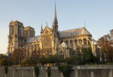 Photo of No Christmas Mass at Notre Dame for first time in 200 years