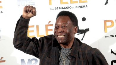 Photo of FIFA and IOC praise Brazil legend Pele on his 80th birthday