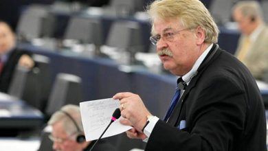 Photo of Brok: EU enlargement delayed not postponed