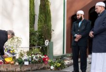 Photo of UN's Guterres visits NZ mosque, promises to tackle hate speech