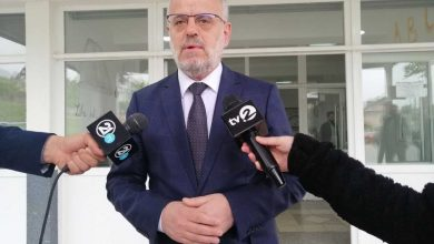 Photo of Parliament Speaker Talat Xhaferi gives statement after voting