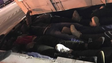 Photo of Police find 43 migrants in truck near Vaksince