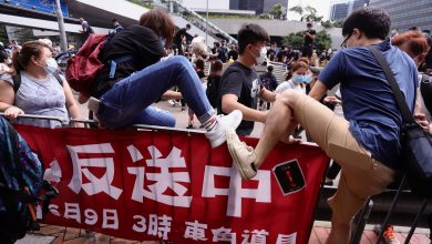 Photo of Tear gas, pepper spray, rubber bullets rain on Hong Kong protesters