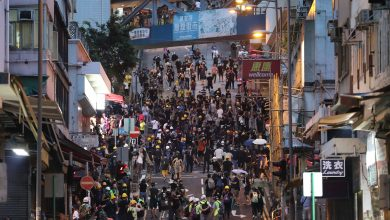 Photo of Beijing condemns Hong Kong protests in first comments on crisis