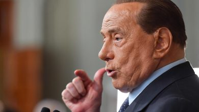 Photo of Berlusconi responding well to Covid-19 treatment, says doctor