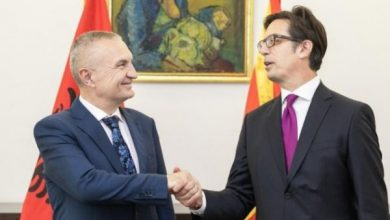 Photo of Pendarovski pays first official visit to Albania
