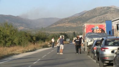 Photo of Five large fires rage in Prilep region, stopping traffic