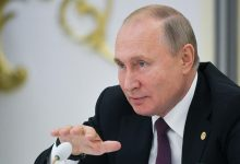 Photo of Putin sends amendments to parliament to change president term limits