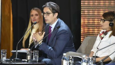 Photo of Pendarovski: Responsible politicians give young people chances to succeed at home