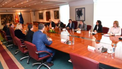 Photo of PM Zaev meets Albanian MPs