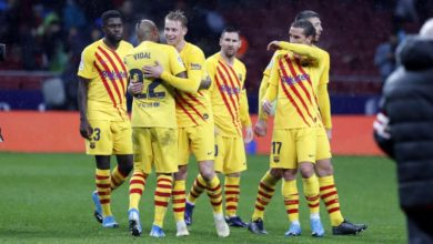 Photo of Real Madrid stay in pole position, Barca keep title hopes alive