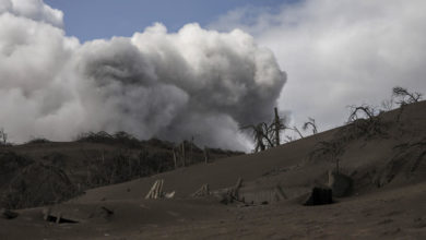 Photo of Two dead, more than 82,000 people flee erupting Philippine volcano