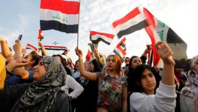 Photo of Thousands of students join Baghdad protests after overnight clashes