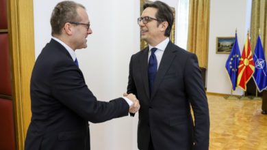 Photo of President Pendarovski meets with WHO official Kluge
