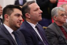 Photo of Spasovski and Chulev trade accusations over lack of passports, ID cards