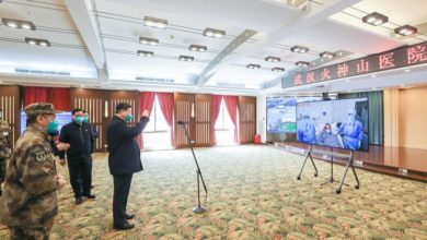 Photo of Xi vows 'victory' over coronavirus in first visit to epicenter