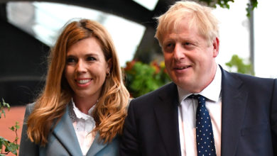 Photo of British premier Boris Johnson's fiancee gives birth to 'Brexit baby'