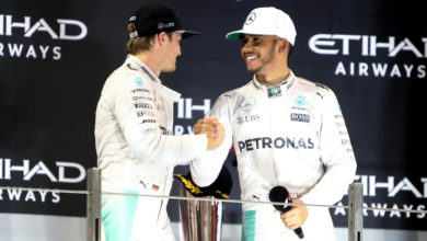 Photo of Rosberg queries if Hamilton 'understands' effect of stoppage on brain