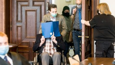 Photo of German court convicts former Nazi guard, 93, of accessory to murder
