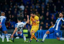 Photo of Suarez scores to keep Barcelona title hopes alive and send Espanyol down