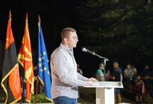 Photo of Mickoski in Gazi Baba: Renewal awaits us after July 15 victory