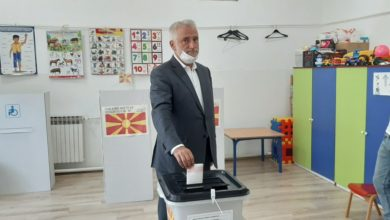 Photo of DPA leader Menduh Thaci gives statement after voting