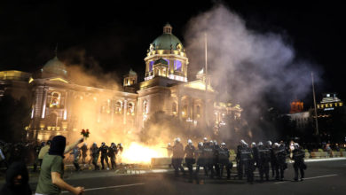 Photo of Serbian police arrest 23 in Belgrade riot against virus restrictions