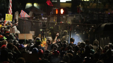 Photo of Seattle demonstrators, police clash in renewed north-west US protests