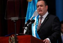 Photo of Guatemalan president contracts coronavirus