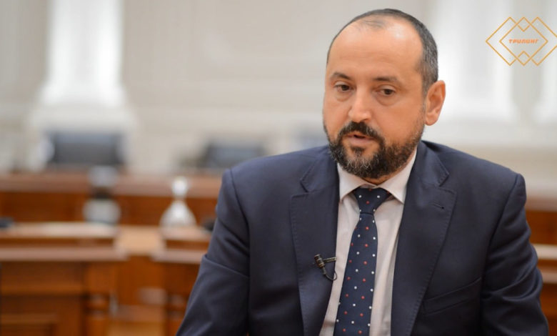 Photo of Deputy PM: Economy is government's primary focus