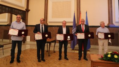 Photo of Five sportsmen receive 8 September State Award