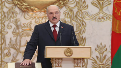 Photo of Lukashenko sworn into office following disputed Belarus election