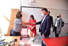 Photo of Education Minister Carovska, Mayor Shilegov visit Orce Nikolov High School