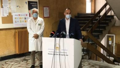 Photo of Infectious Diseases Commission proposes stricter restrictions amid surge in COVID cases