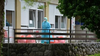 Photo of Croatia confirms record 4,009 new coronavirus cases, 51 deaths; bars expected to close