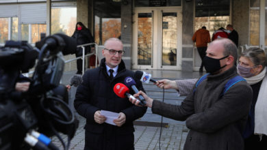 Photo of MP Antonio Miloshoski speaks to members of the media