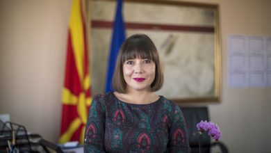 Photo of Minister Carovska: Schools aren't virus transmitters, they're staying open for now