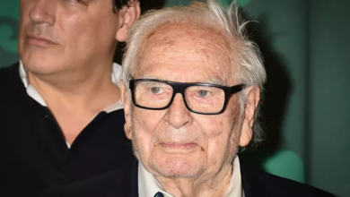 Photo of French fashion designer Pierre Cardin dies at 98