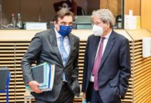 Photo of EU Commissioner: W. Balkans to wait a few more weeks for vaccines