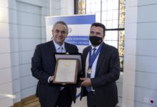 Photo of Athens Chamber honors Zaev for promoting economic and political relations between Greece and North Macedonia